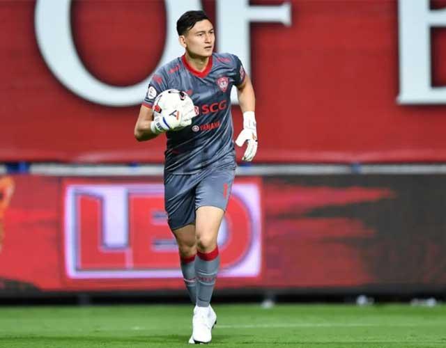 Thủ môn Đặng Văn Lâm bị Muangthong United cảnh cáo